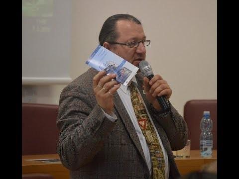 Škripek Branislav / Branislav Škripek diskutoval so študentmi o pálčivých témach